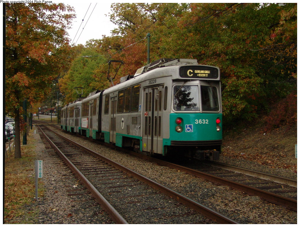 (276k, 1044x788)<br><b>Country:</b> United States<br><b>City:</b> Boston, MA<br><b>System:</b> MBTA<br><b>Line:</b> MBTA Green (C)<br><b>Location:</b> Beacon Between Fairbanks & Westbourne Terrace <br><b>Car:</b> MBTA Type 7 LRV (Kinki-Sharyo, 1986-87)  3632 <br><b>Photo by:</b> Richard Panse<br><b>Date:</b> 10/24/2004<br><b>Viewed (this week/total):</b> 1 / 1114