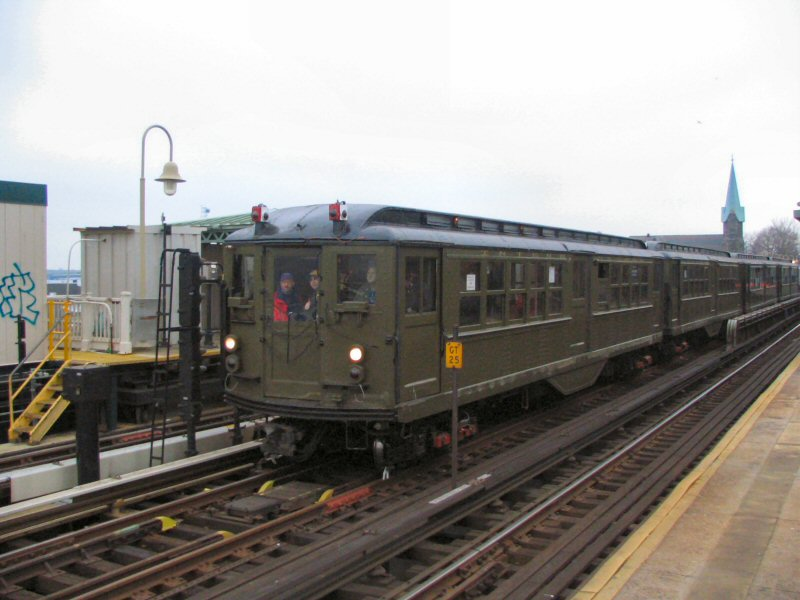 (83k, 800x600)<br><b>Country:</b> United States<br><b>City:</b> New York<br><b>System:</b> New York City Transit<br><b>Line:</b> IRT Pelham Line<br><b>Location:</b> Westchester Square <br><b>Route:</b> Fan Trip<br><b>Car:</b> Low-V (Museum Train) 5443 <br><b>Photo by:</b> Dante D. Angerville<br><b>Date:</b> 12/19/2004<br><b>Viewed (this week/total):</b> 0 / 3323