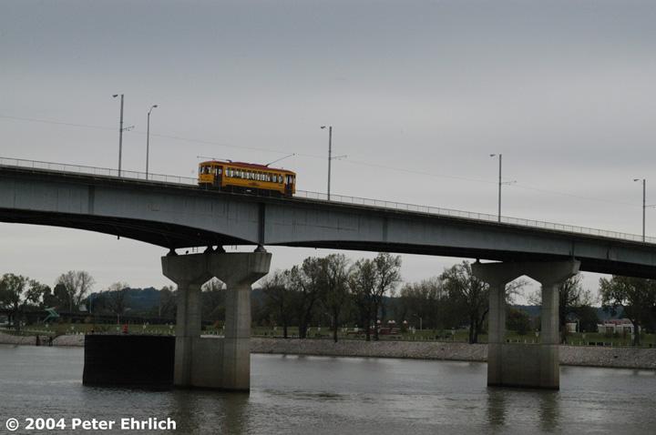 (97k, 720x478)<br><b>Country:</b> United States<br><b>City:</b> Little Rock, AR<br><b>System:</b> Little Rock CAT<br><b>Line:</b> North Little Rock Loop<br><b>Location:</b> Main Street Bridge <br><b>Car:</b>  409 <br><b>Photo by:</b> Peter Ehrlich<br><b>Date:</b> 11/14/2004<br><b>Viewed (this week/total):</b> 0 / 3080