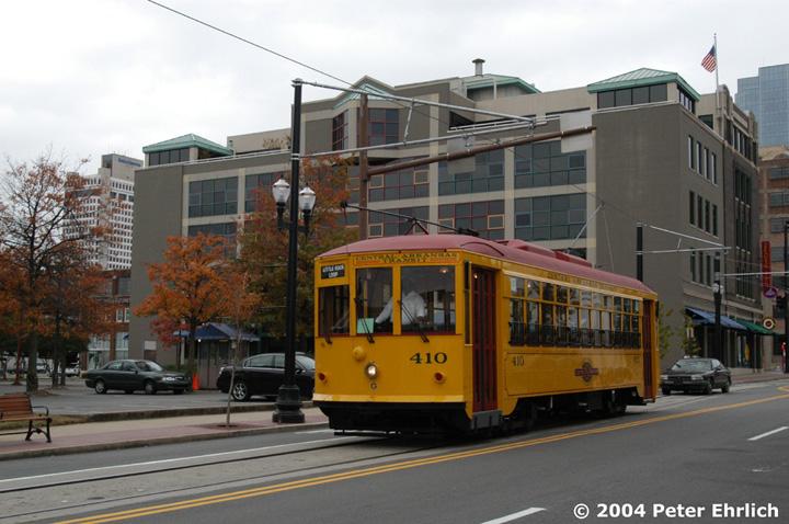 (145k, 720x478)<br><b>Country:</b> United States<br><b>City:</b> Little Rock, AR<br><b>System:</b> Little Rock CAT<br><b>Line:</b> Little Rock Loop<br><b>Location:</b> Markham/Cumberland <br><b>Car:</b>  410 <br><b>Photo by:</b> Peter Ehrlich<br><b>Date:</b> 11/14/2004<br><b>Viewed (this week/total):</b> 0 / 2759
