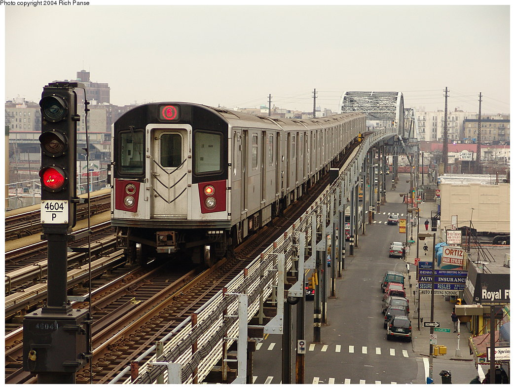 (252k, 1044x788)<br><b>Country:</b> United States<br><b>City:</b> New York<br><b>System:</b> New York City Transit<br><b>Line:</b> IRT Pelham Line<br><b>Location:</b> Elder Avenue <br><b>Route:</b> 6<br><b>Car:</b> R-142 or R-142A (Number Unknown) 75xx <br><b>Photo by:</b> Richard Panse<br><b>Date:</b> 12/19/2004<br><b>Viewed (this week/total):</b> 3 / 6457