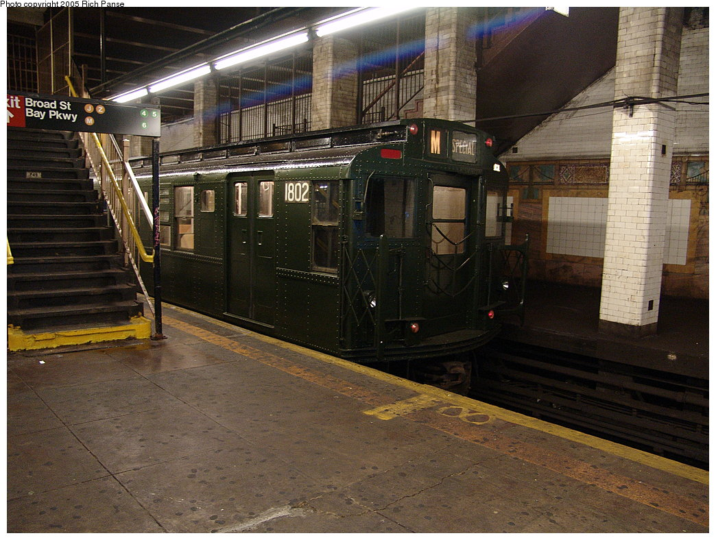 (232k, 1044x788)<br><b>Country:</b> United States<br><b>City:</b> New York<br><b>System:</b> New York City Transit<br><b>Line:</b> BMT Nassau Street/Jamaica Line<br><b>Location:</b> Chambers Street <br><b>Route:</b> Fan Trip<br><b>Car:</b> R-9 (Pressed Steel, 1940)  1802 <br><b>Photo by:</b> Richard Panse<br><b>Date:</b> 1/1/2005<br><b>Viewed (this week/total):</b> 1 / 6659