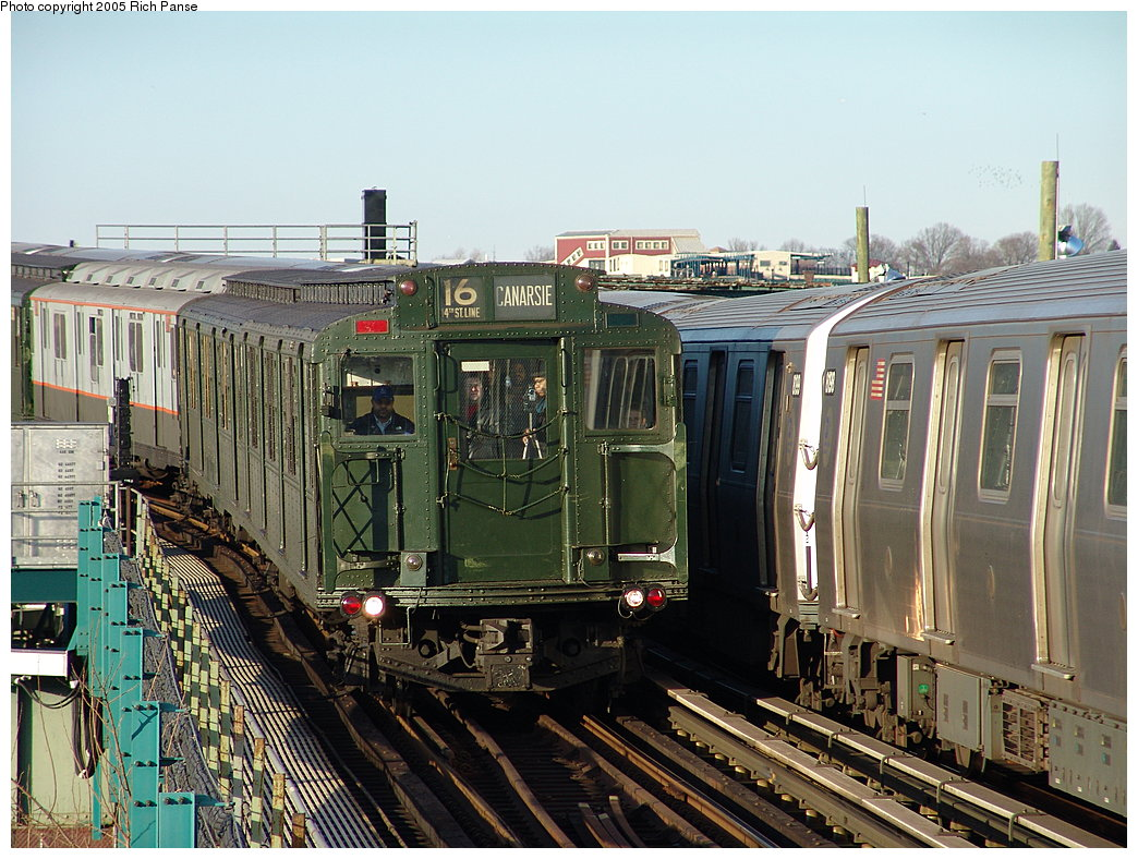 (236k, 1044x788)<br><b>Country:</b> United States<br><b>City:</b> New York<br><b>System:</b> New York City Transit<br><b>Line:</b> BMT Canarsie Line<br><b>Location:</b> Sutter Avenue <br><b>Route:</b> Fan Trip<br><b>Car:</b> R-1 (American Car & Foundry, 1930-1931) 100 <br><b>Photo by:</b> Richard Panse<br><b>Date:</b> 1/1/2005<br><b>Viewed (this week/total):</b> 0 / 3790