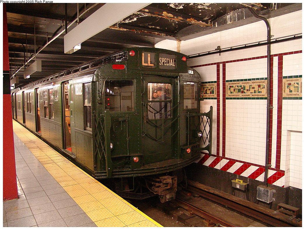 (310k, 1044x788)<br><b>Country:</b> United States<br><b>City:</b> New York<br><b>System:</b> New York City Transit<br><b>Line:</b> BMT Canarsie Line<br><b>Location:</b> 8th Avenue <br><b>Route:</b> Fan Trip<br><b>Car:</b> R-9 (Pressed Steel, 1940)  1802 <br><b>Photo by:</b> Richard Panse<br><b>Date:</b> 1/1/2005<br><b>Viewed (this week/total):</b> 0 / 4325