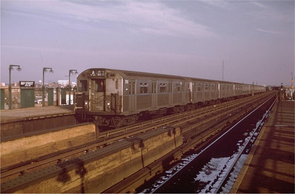 (174k, 1024x674)<br><b>Country:</b> United States<br><b>City:</b> New York<br><b>System:</b> New York City Transit<br><b>Line:</b> IND Fulton Street Line<br><b>Location:</b> 88th Street/Boyd Avenue <br><b>Route:</b> A<br><b>Car:</b> R-38 (St. Louis, 1966-1967)  3980 <br><b>Photo by:</b> Doug Grotjahn<br><b>Collection of:</b> Joe Testagrose<br><b>Date:</b> 1/11/1970<br><b>Viewed (this week/total):</b> 0 / 3603
