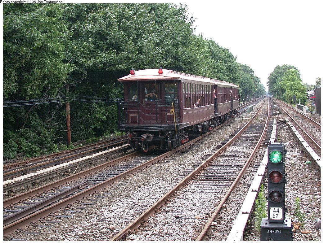 (372k, 1044x788)<br><b>Country:</b> United States<br><b>City:</b> New York<br><b>System:</b> New York City Transit<br><b>Line:</b> BMT Brighton Line<br><b>Location:</b> Kings Highway <br><b>Route:</b> Fan Trip<br><b>Car:</b> BMT Elevated Gate Car 1407 <br><b>Photo by:</b> Joe Testagrose<br><b>Date:</b> 7/18/2004<br><b>Viewed (this week/total):</b> 1 / 2587