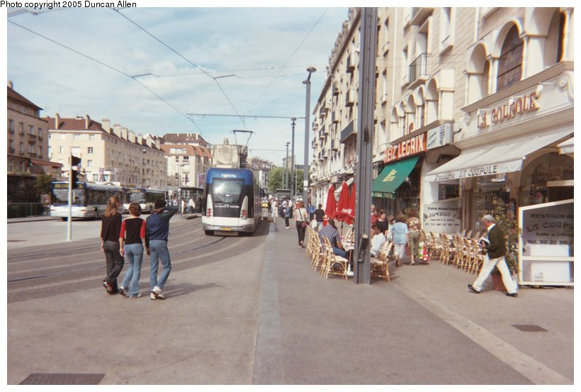 (114k, 820x553)<br><b>Country:</b> France<br><b>City:</b> Caen<br><b>System:</b> Compagnie des Transports de l'Agglomération Caennaise<br><b>Location:</b> Saint Pierre<br><b>Photo by:</b> Duncan Allen<br><b>Date:</b> 6/30/2004<br><b>Notes:</b> Southbound tram at Saint Pierre station.<br><b>Viewed (this week/total):</b> 0 / 3064