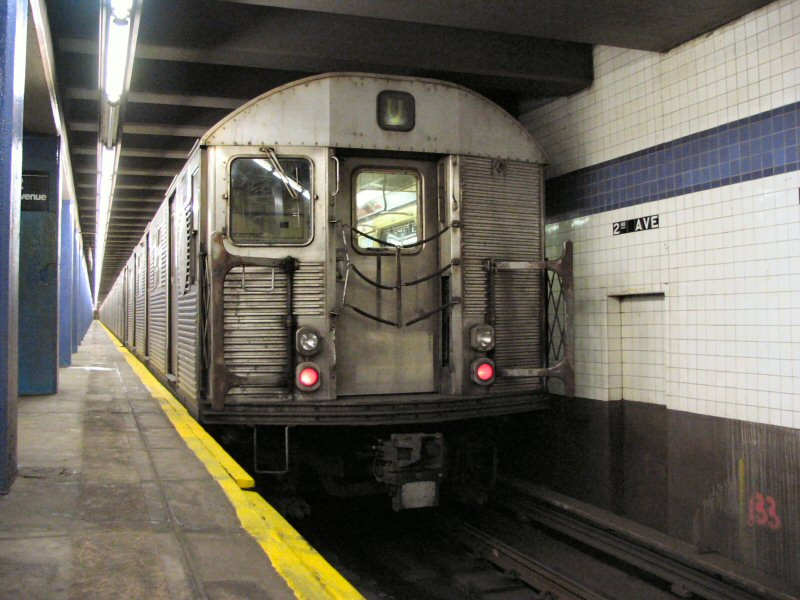 (106k, 800x600)<br><b>Country:</b> United States<br><b>City:</b> New York<br><b>System:</b> New York City Transit<br><b>Line:</b> IND 6th Avenue Line<br><b>Location:</b> 2nd Avenue <br><b>Route:</b> V<br><b>Car:</b> R-32 (Budd, 1964)  3868 <br><b>Photo by:</b> Dante D. Angerville<br><b>Date:</b> 1/25/2004<br><b>Viewed (this week/total):</b> 2 / 4578