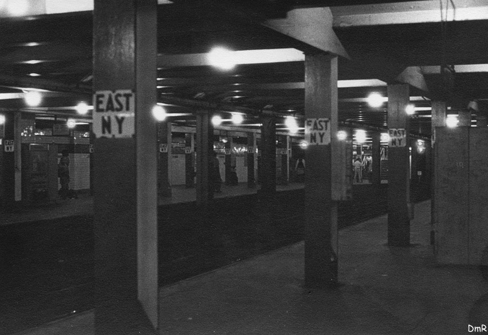 (121k, 971x666)<br><b>Country:</b> United States<br><b>City:</b> New York<br><b>System:</b> New York City Transit<br><b>Line:</b> IND Fulton Street Line<br><b>Location:</b> Broadway/East New York (Broadway Junction) <br><b>Photo by:</b> D. Reinecke<br><b>Date:</b> 1971<br><b>Viewed (this week/total):</b> 0 / 5650