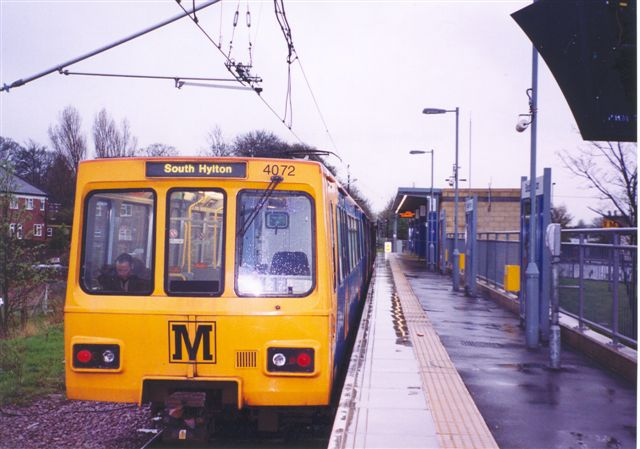 (53k, 640x449)<br><b>Country:</b> United Kingdom<br><b>City:</b> Newcastle<br><b>System:</b> Tyne & Wear Metro<br><b>Location:</b> South Hylton <br><b>Car:</b>  4072 <br><b>Photo by:</b> Robert Clark<br><b>Date:</b> 3/12/2004<br><b>Viewed (this week/total):</b> 4 / 2495