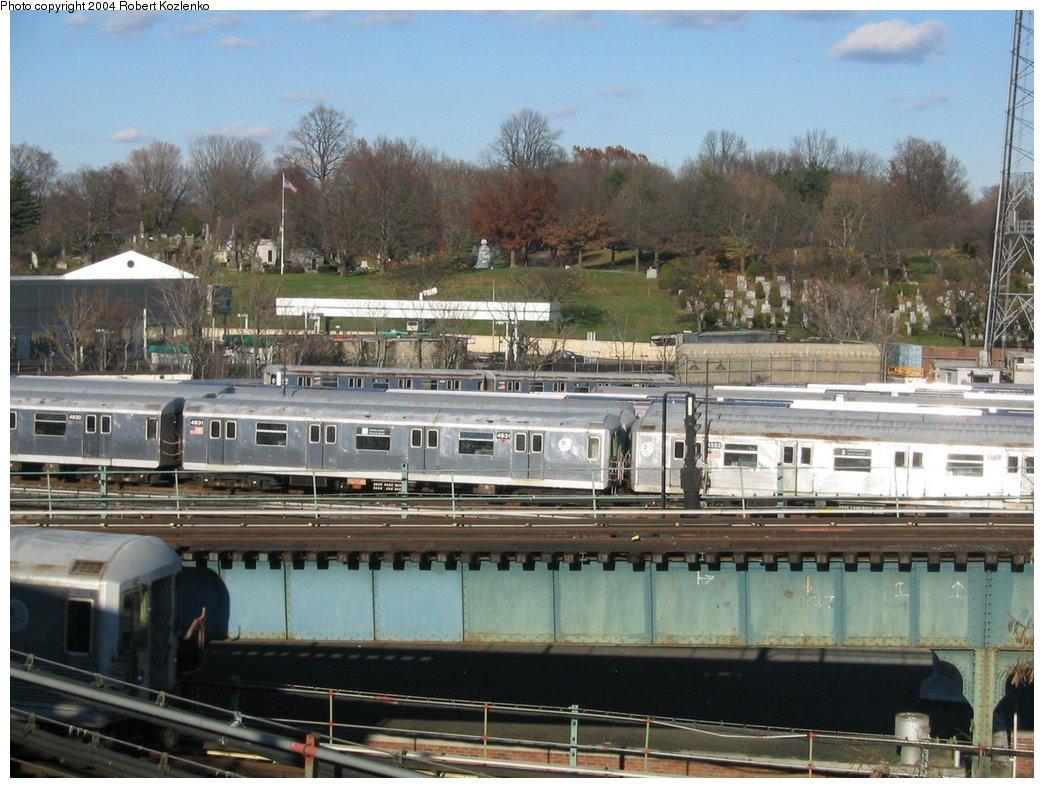 (185k, 1044x788)<br><b>Country:</b> United States<br><b>City:</b> New York<br><b>System:</b> New York City Transit<br><b>Location:</b> East New York Yard/Shops<br><b>Car:</b> R-42 (St. Louis, 1969-1970)  4931 <br><b>Photo by:</b> Robert Kozlenko<br><b>Date:</b> 11/26/2004<br><b>Viewed (this week/total):</b> 0 / 4113