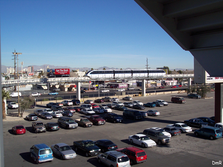 (232k, 864x648)<br><b>Country:</b> United States<br><b>City:</b> Las Vegas, NV<br><b>System:</b> Las Vegas Monorail<br><b>Location:</b> Sahara Maint. Shops <br><b>Photo by:</b> D. Reinecke<br><b>Date:</b> 1/13/2005<br><b>Notes:</b> Shop lead south of Sahara<br><b>Viewed (this week/total):</b> 0 / 2989