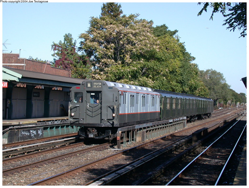 (270k, 1044x788)<br><b>Country:</b> United States<br><b>City:</b> New York<br><b>System:</b> New York City Transit<br><b>Line:</b> BMT Brighton Line<br><b>Location:</b> Avenue U <br><b>Route:</b> Fan Trip<br><b>Car:</b> R-7A (Pullman, 1938)  1575 <br><b>Photo by:</b> Joe Testagrose<br><b>Date:</b> 10/23/2004<br><b>Viewed (this week/total):</b> 1 / 2886