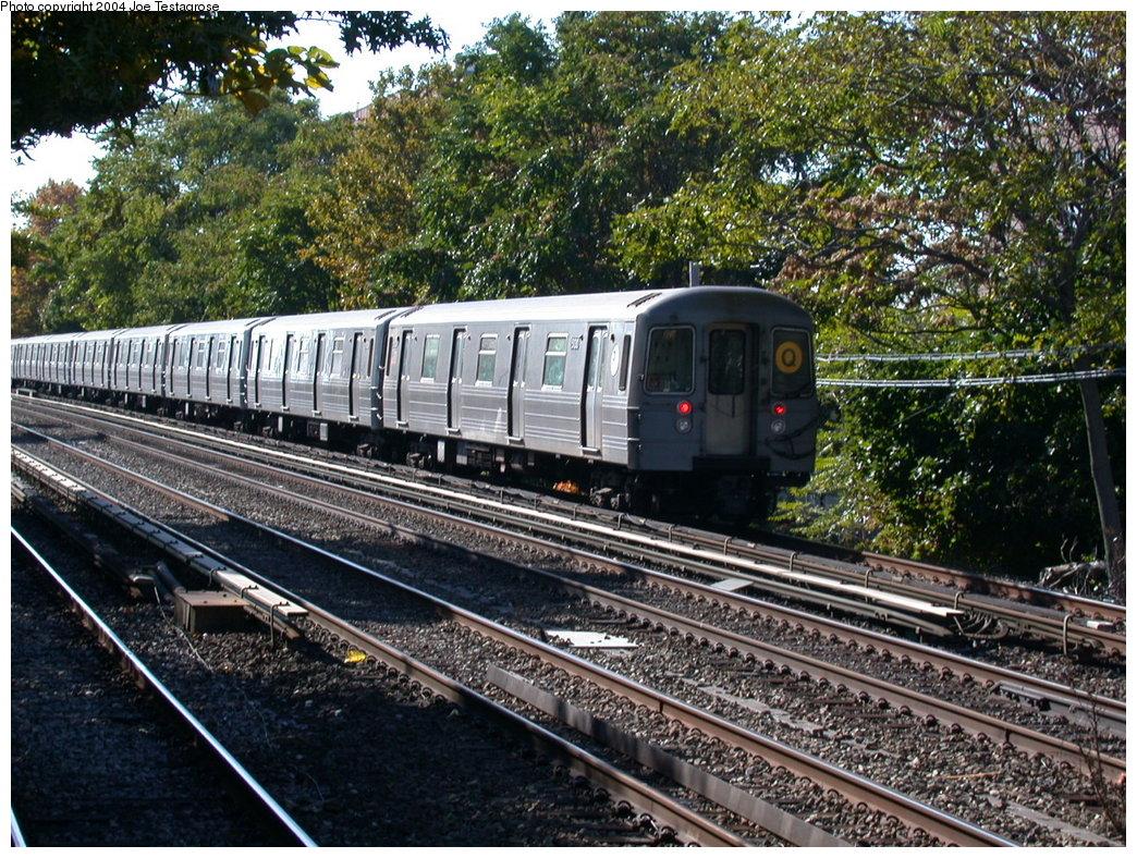 (327k, 1044x788)<br><b>Country:</b> United States<br><b>City:</b> New York<br><b>System:</b> New York City Transit<br><b>Line:</b> BMT Brighton Line<br><b>Location:</b> Avenue U <br><b>Route:</b> Q<br><b>Car:</b> R-68A (Kawasaki, 1988-1989)  5130 <br><b>Photo by:</b> Joe Testagrose<br><b>Date:</b> 10/23/2004<br><b>Viewed (this week/total):</b> 0 / 3725