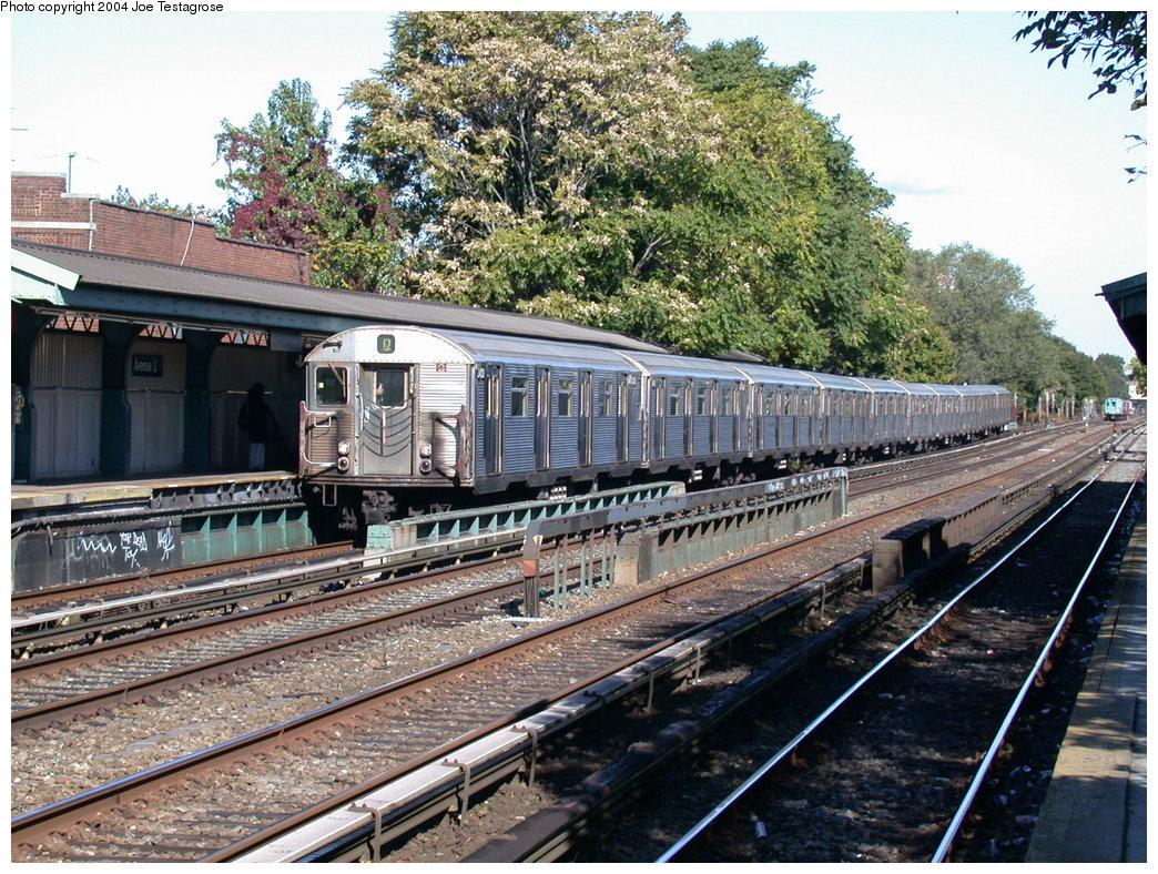 (306k, 1044x788)<br><b>Country:</b> United States<br><b>City:</b> New York<br><b>System:</b> New York City Transit<br><b>Line:</b> BMT Brighton Line<br><b>Location:</b> Avenue U <br><b>Route:</b> Q<br><b>Car:</b> R-32 (Budd, 1964)  3420 <br><b>Photo by:</b> Joe Testagrose<br><b>Date:</b> 10/23/2004<br><b>Viewed (this week/total):</b> 4 / 4239
