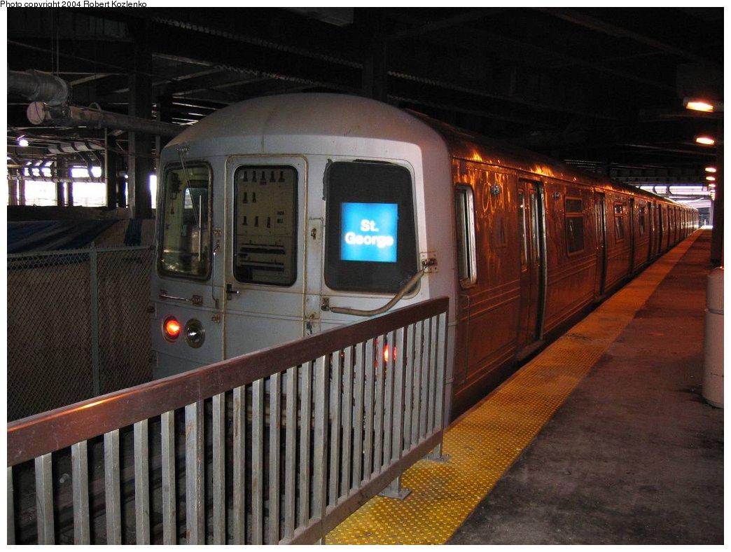 (153k, 1044x788)<br><b>Country:</b> United States<br><b>City:</b> New York<br><b>System:</b> New York City Transit<br><b>Line:</b> SIRT<br><b>Location:</b> St. George <br><b>Car:</b> R-44 SIRT (St. Louis, 1971-1973)  <br><b>Photo by:</b> Robert Kozlenko<br><b>Date:</b> 2004<br><b>Viewed (this week/total):</b> 1 / 5783