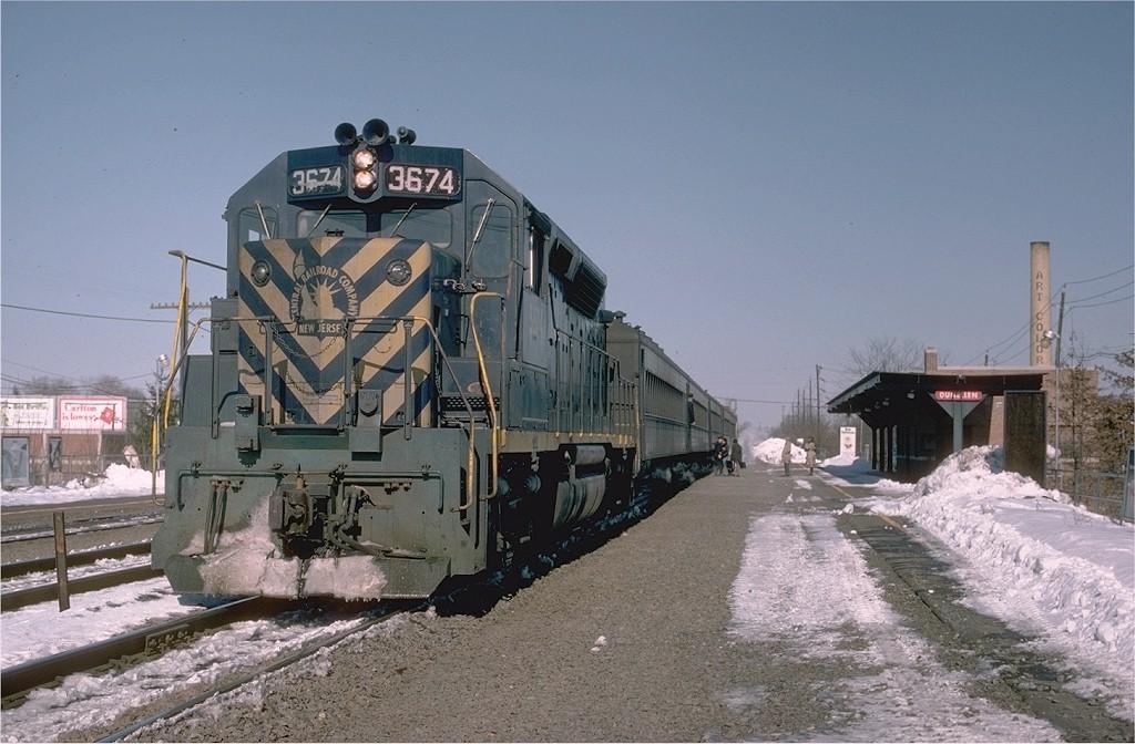 (192k, 1024x672)<br><b>Country:</b> United States<br><b>System:</b> NJ Transit (or Predecessor)<br><b>Line:</b> NJT Raritan Valley Line<br><b>Location:</b> Dunellen <br><b>Car:</b>  3674 <br><b>Photo by:</b> Joe Testagrose<br><b>Date:</b> 3/5/1978<br><b>Viewed (this week/total):</b> 6 / 4384