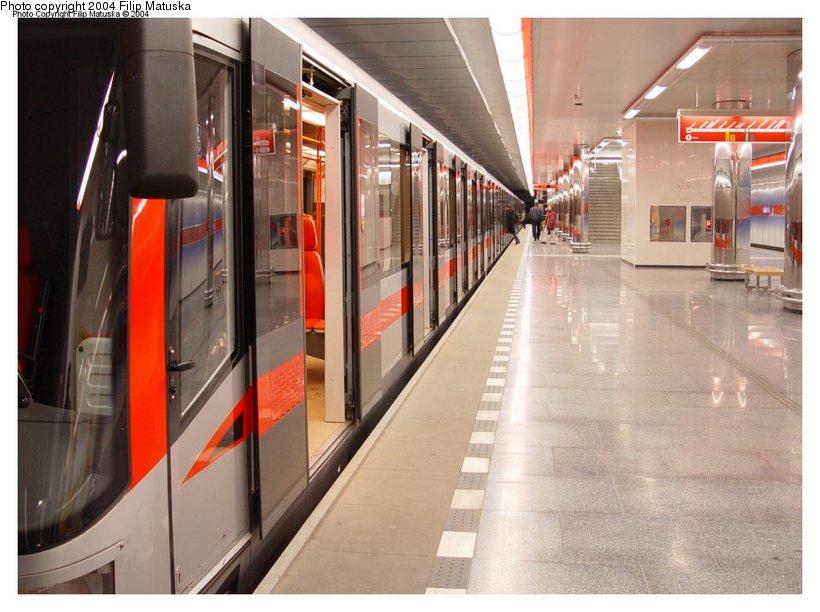 (97k, 820x612)<br><b>Country:</b> Czech Republic<br><b>City:</b> Prague<br><b>System:</b> Dopravni podnik Prahy <br><b>Line:</b> Prague Metro-C<br><b>Location:</b> Ládví <br><b>Photo by:</b> Filip Matuska<br><b>Date:</b> 1/23/2005<br><b>Notes:</b> Uptown platform.<br><b>Viewed (this week/total):</b> 2 / 2490