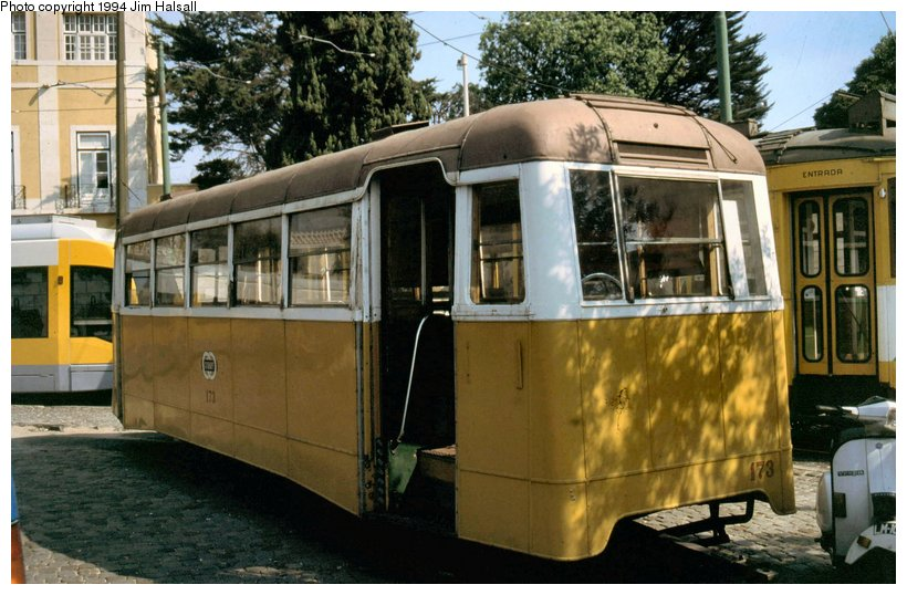 (109k, 820x538)<br><b>Country:</b> Portugal<br><b>City:</b> Lisbon<br><b>System:</b> Companhia Carris De Ferro De Lisboa <br><b>Location:</b> Belem-Jeronimos<br><b>Car:</b> New Trailer (Carris, 1950) 173 <br><b>Photo by:</b> Jim Halsall<br><b>Date:</b> 5/6/1994<br><b>Viewed (this week/total):</b> 0 / 1574