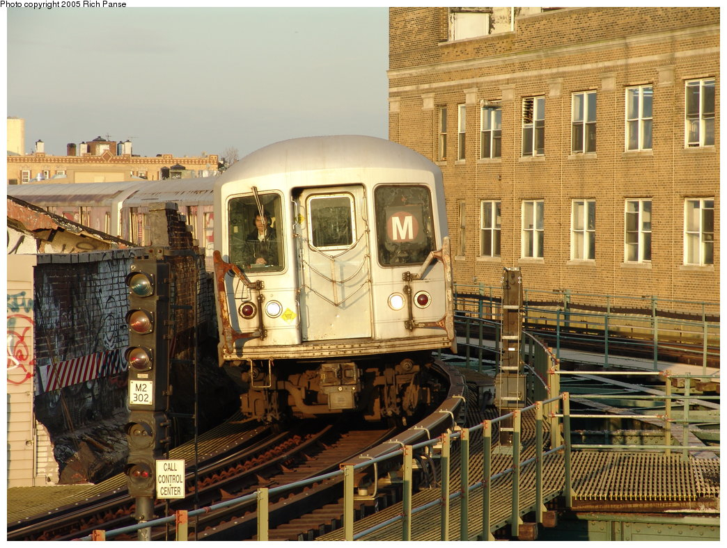 (255k, 1044x788)<br><b>Country:</b> United States<br><b>City:</b> New York<br><b>System:</b> New York City Transit<br><b>Line:</b> BMT Myrtle Avenue Line<br><b>Location:</b> Wyckoff Avenue <br><b>Car:</b> R-42 (St. Louis, 1969-1970)  4855 <br><b>Photo by:</b> Richard Panse<br><b>Date:</b> 2/22/2005<br><b>Viewed (this week/total):</b> 2 / 3890