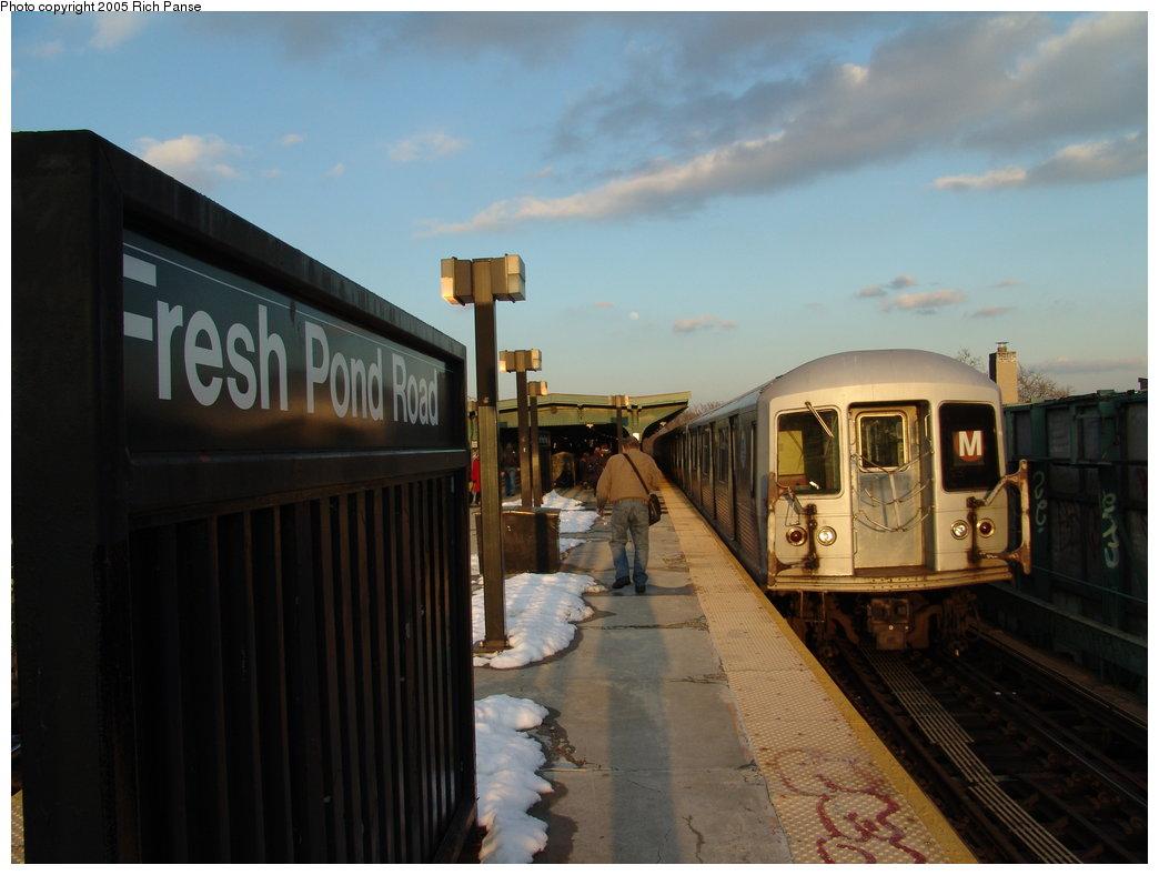 (135k, 1044x788)<br><b>Country:</b> United States<br><b>City:</b> New York<br><b>System:</b> New York City Transit<br><b>Line:</b> BMT Myrtle Avenue Line<br><b>Location:</b> Fresh Pond Road <br><b>Car:</b> R-42 (St. Louis, 1969-1970)   <br><b>Photo by:</b> Richard Panse<br><b>Date:</b> 2/22/2005<br><b>Viewed (this week/total):</b> 0 / 4036