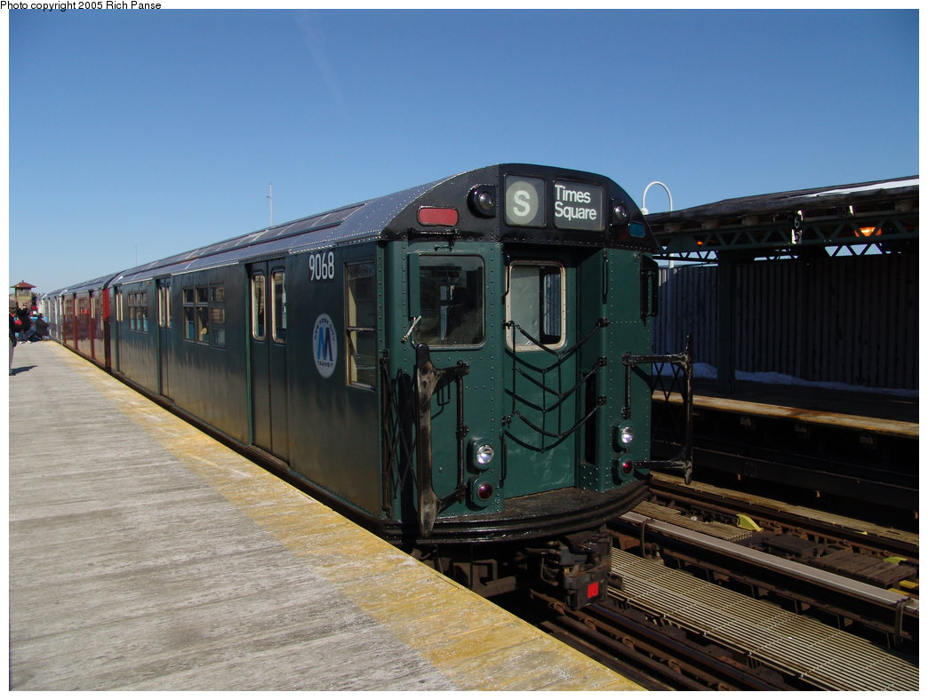 (171k, 1044x788)<br><b>Country:</b> United States<br><b>City:</b> New York<br><b>System:</b> New York City Transit<br><b>Line:</b> IRT White Plains Road Line<br><b>Location:</b> 238th Street (Nereid Avenue) <br><b>Route:</b> Fan Trip<br><b>Car:</b> R-33 Main Line (St. Louis, 1962-63) 9068 <br><b>Photo by:</b> Richard Panse<br><b>Date:</b> 2/27/2005<br><b>Viewed (this week/total):</b> 4 / 3751