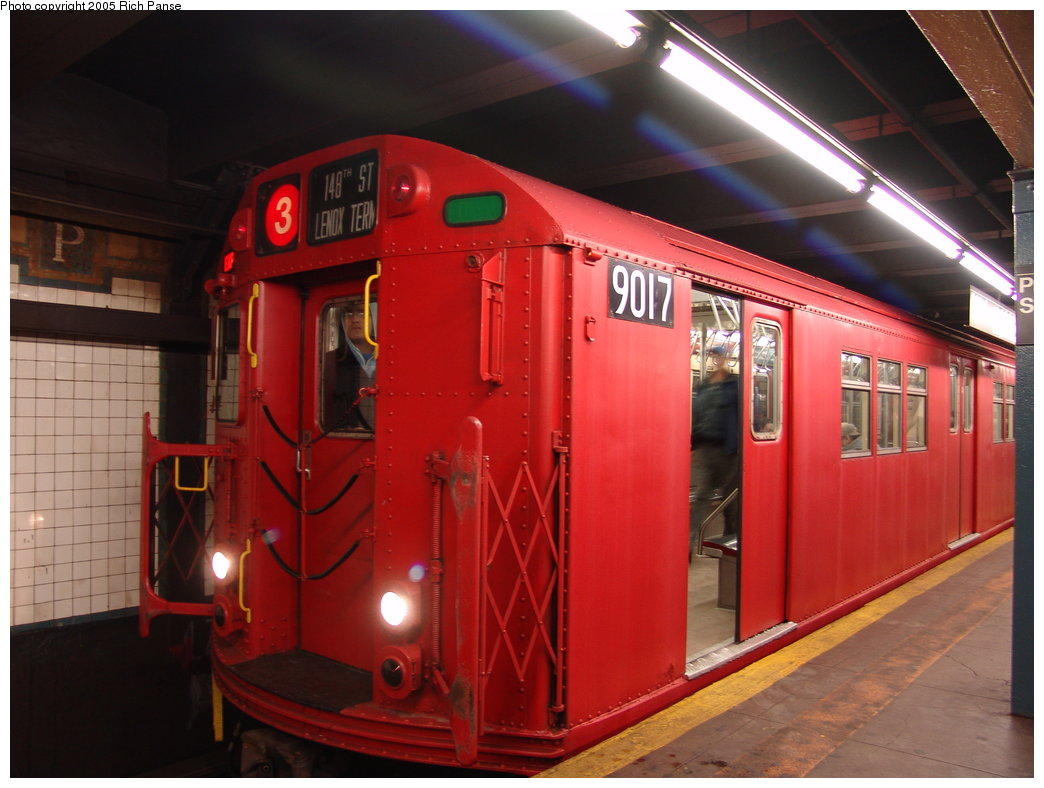 (162k, 1044x788)<br><b>Country:</b> United States<br><b>City:</b> New York<br><b>System:</b> New York City Transit<br><b>Line:</b> IRT Brooklyn Line<br><b>Location:</b> President Street <br><b>Route:</b> Fan Trip<br><b>Car:</b> R-33 Main Line (St. Louis, 1962-63) 9017 <br><b>Photo by:</b> Richard Panse<br><b>Date:</b> 2/27/2005<br><b>Viewed (this week/total):</b> 1 / 5678