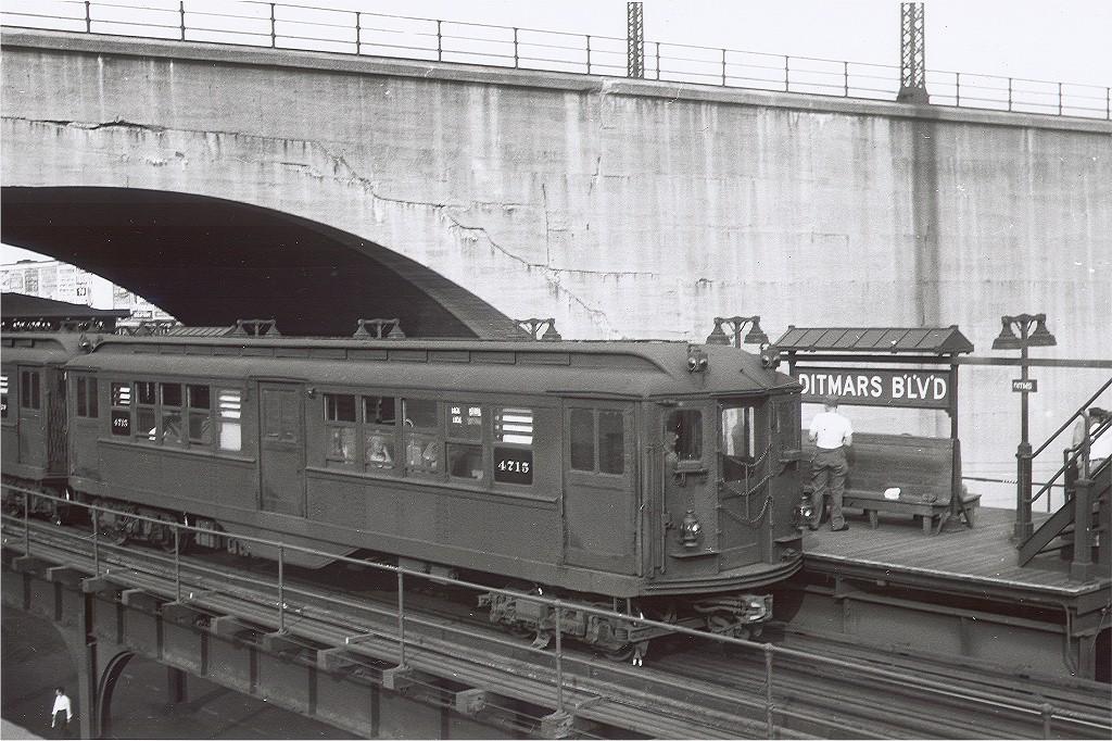 (254k, 1024x682)<br><b>Country:</b> United States<br><b>City:</b> New York<br><b>System:</b> New York City Transit<br><b>Line:</b> BMT Astoria Line<br><b>Location:</b> Ditmars Boulevard <br><b>Car:</b> Low-V 4715 <br><b>Collection of:</b> Joe Testagrose<br><b>Notes:</b> Steinway Low-V's on Astoria service, probably around 1946.<br><b>Viewed (this week/total):</b> 10 / 4659