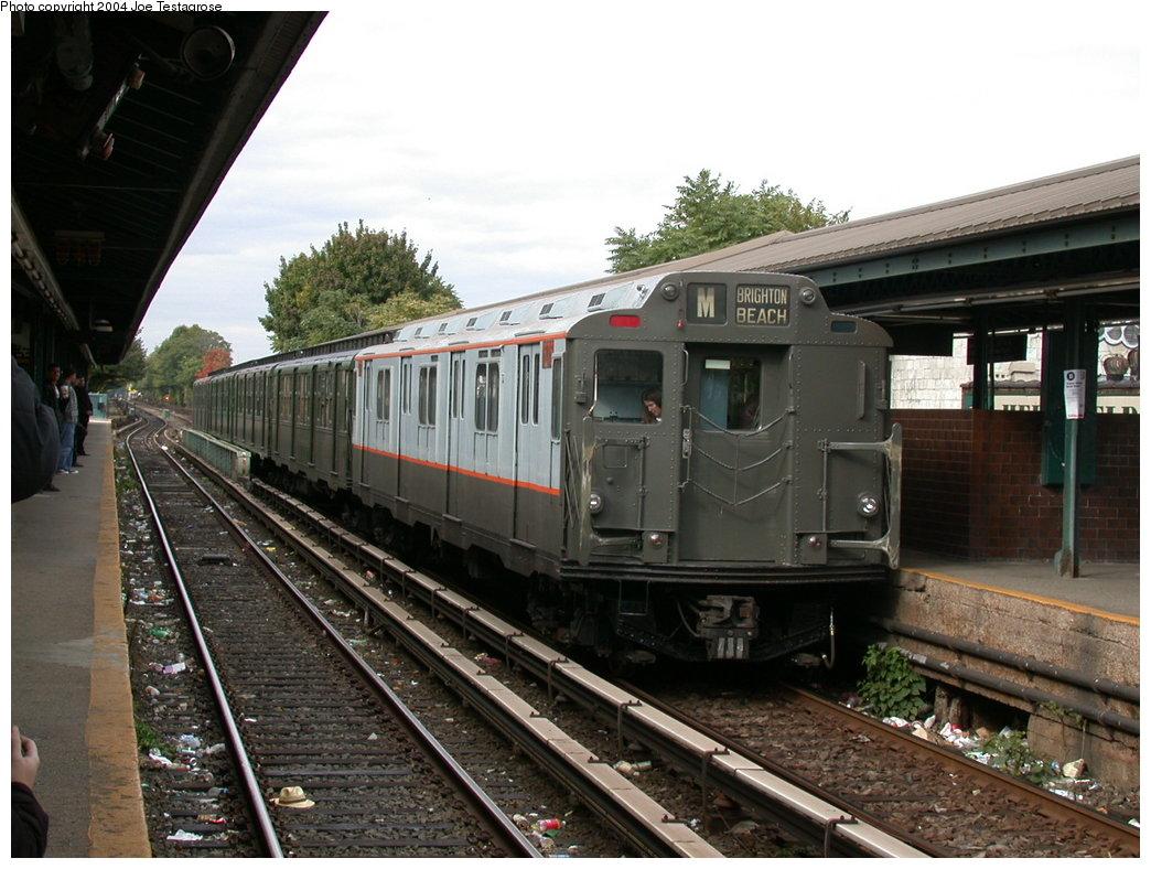 (211k, 1044x788)<br><b>Country:</b> United States<br><b>City:</b> New York<br><b>System:</b> New York City Transit<br><b>Line:</b> BMT Brighton Line<br><b>Location:</b> Kings Highway <br><b>Route:</b> Fan Trip<br><b>Car:</b> R-7A (Pullman, 1938)  1575 <br><b>Photo by:</b> Joe Testagrose<br><b>Date:</b> 10/23/2004<br><b>Viewed (this week/total):</b> 0 / 3109