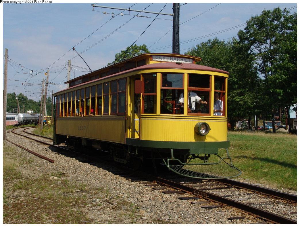 (253k, 1044x788)<br><b>Country:</b> United States<br><b>City:</b> Kennebunk, ME<br><b>System:</b> Seashore Trolley Museum <br><b>Car:</b> Twin City Rapid Transit 1267 <br><b>Photo by:</b> Richard Panse<br><b>Date:</b> 9/4/2004<br><b>Viewed (this week/total):</b> 1 / 1431