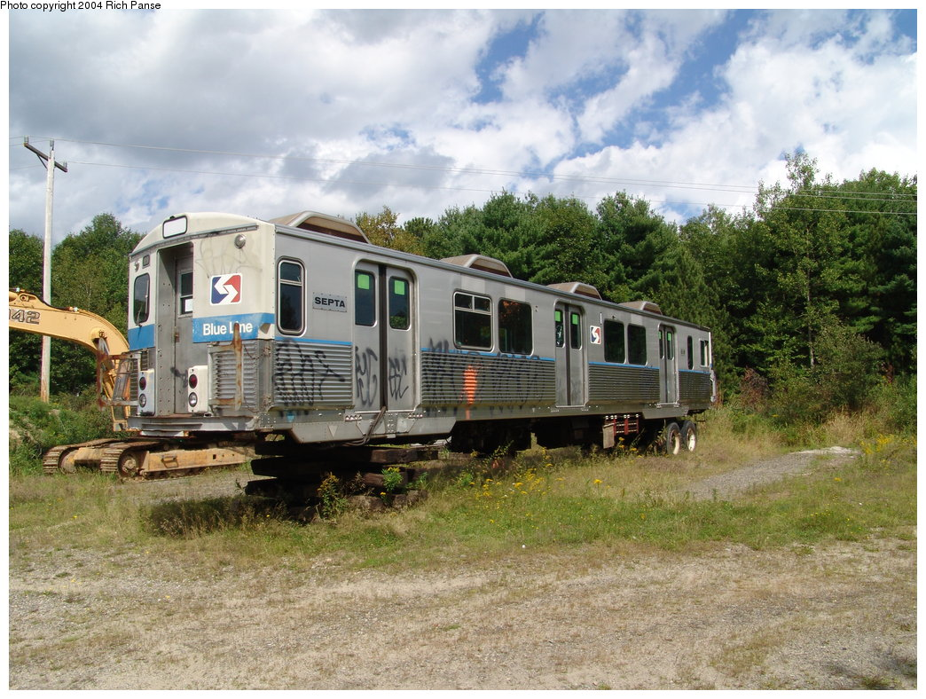 (245k, 1044x788)<br><b>Country:</b> United States<br><b>City:</b> Kennebunk, ME<br><b>System:</b> Seashore Trolley Museum <br><b>Car:</b> SEPTA M-3 (Budd, 1960) 618 <br><b>Photo by:</b> Richard Panse<br><b>Date:</b> 9/4/2004<br><b>Viewed (this week/total):</b> 6 / 3637