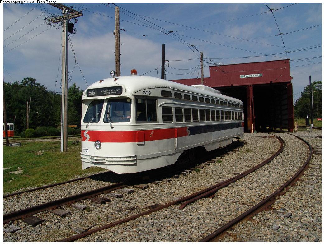 (242k, 1044x788)<br><b>Country:</b> United States<br><b>City:</b> Kennebunk, ME<br><b>System:</b> Seashore Trolley Museum <br><b>Car:</b> PTC/SEPTA Postwar All-electric PCC (St.Louis, 1947)  2709 <br><b>Photo by:</b> Richard Panse<br><b>Date:</b> 9/4/2004<br><b>Viewed (this week/total):</b> 0 / 2172