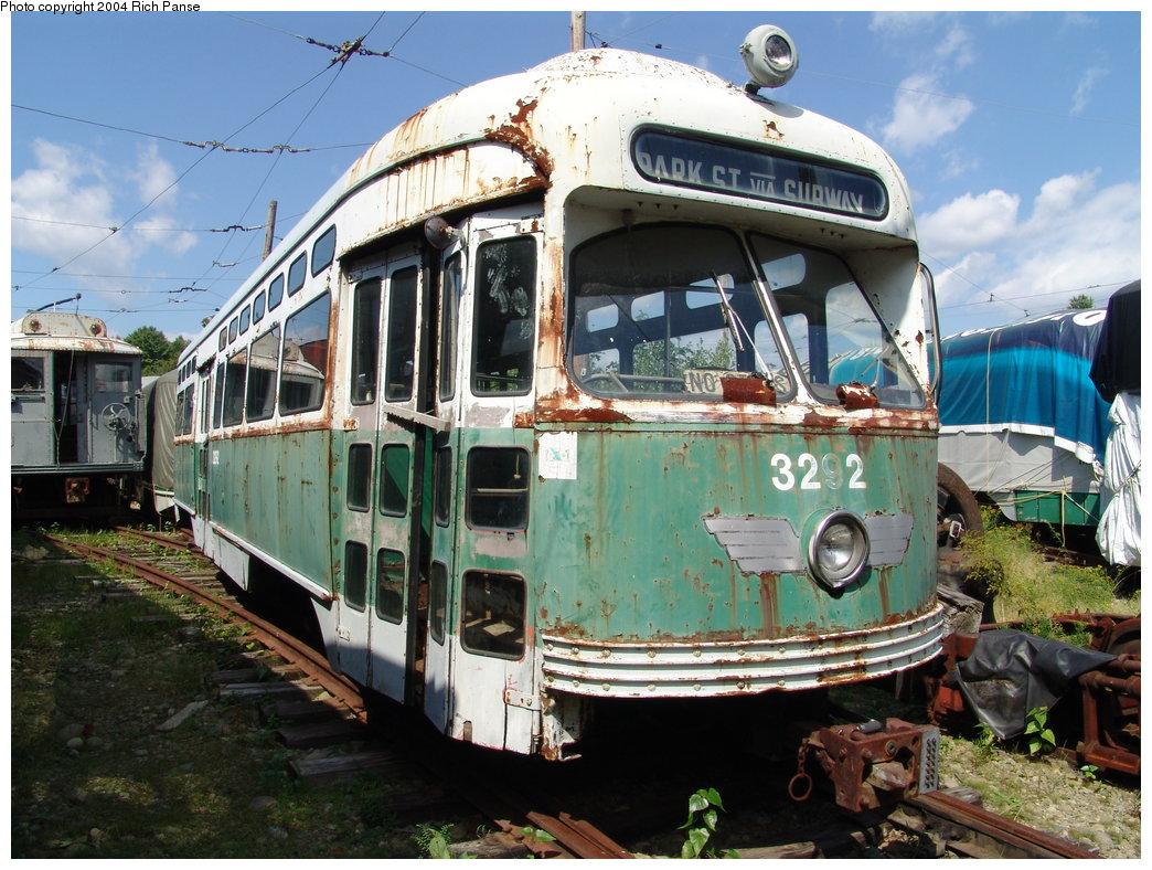 (232k, 1044x788)<br><b>Country:</b> United States<br><b>City:</b> Kennebunk, ME<br><b>System:</b> Seashore Trolley Museum <br><b>Car:</b> MBTA/BSRy PCC Post-War Picture Window (Pullman-Standard, 1951)  3292 <br><b>Photo by:</b> Richard Panse<br><b>Date:</b> 9/4/2004<br><b>Viewed (this week/total):</b> 3 / 3294