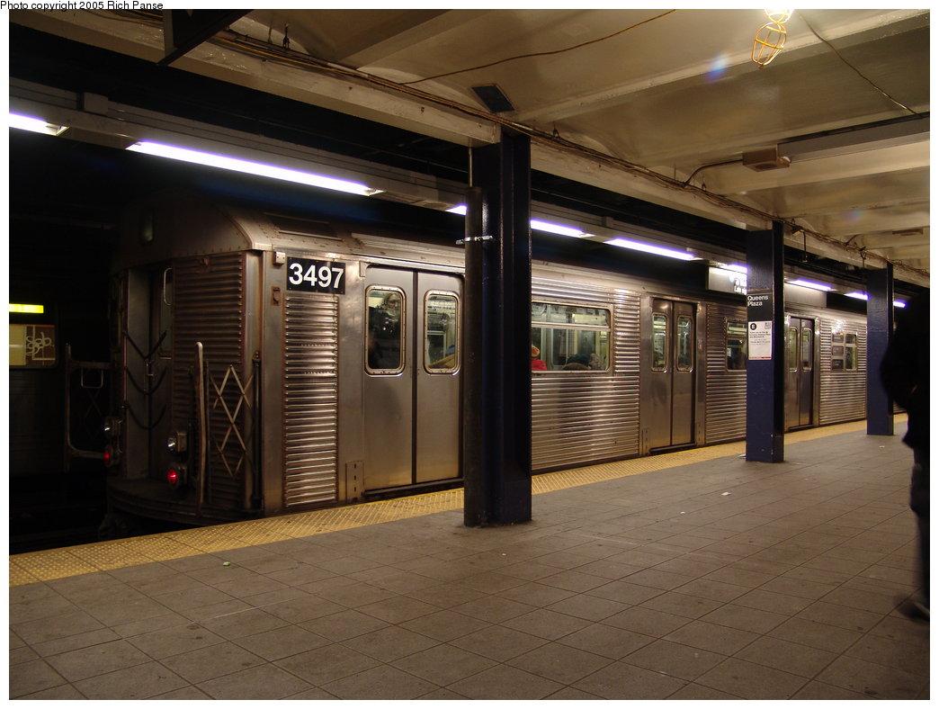 (170k, 1044x788)<br><b>Country:</b> United States<br><b>City:</b> New York<br><b>System:</b> New York City Transit<br><b>Line:</b> IND Queens Boulevard Line<br><b>Location:</b> Queens Plaza <br><b>Route:</b> E<br><b>Car:</b> R-32 (Budd, 1964)  3497 <br><b>Photo by:</b> Richard Panse<br><b>Date:</b> 3/9/2005<br><b>Viewed (this week/total):</b> 0 / 4922