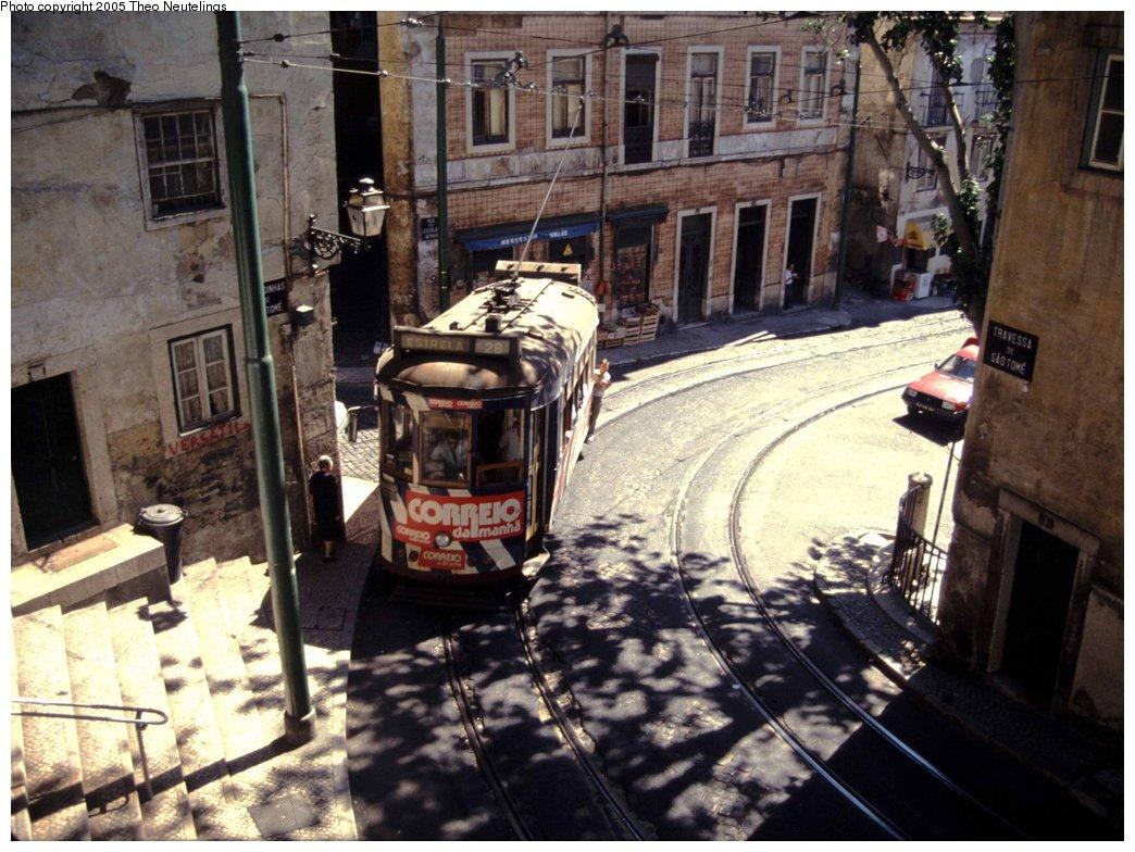 (190k, 1044x784)<br><b>Country:</b> Portugal<br><b>City:</b> Lisbon<br><b>System:</b> Companhia Carris De Ferro De Lisboa <br><b>Line:</b> 28 (Alfama via Martim Moniz - Prazares) <br><b>Location:</b> Travessa de São Tomé <br><b>Car:</b> Standard Tram (Carris, 1936-1940)  734 <br><b>Photo by:</b> Theo Neutelings<br><b>Date:</b> 8/2/1999<br><b>Viewed (this week/total):</b> 2 / 1906
