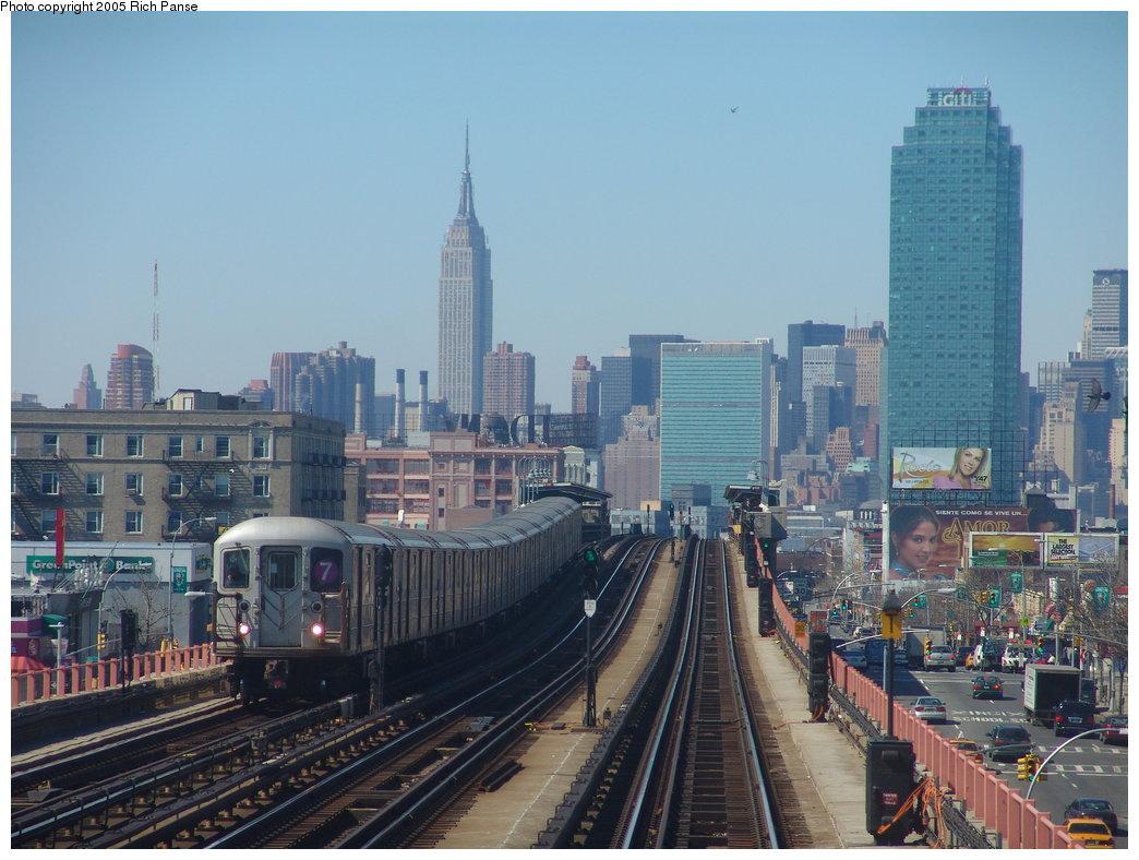(188k, 1044x788)<br><b>Country:</b> United States<br><b>City:</b> New York<br><b>System:</b> New York City Transit<br><b>Line:</b> IRT Flushing Line<br><b>Location:</b> 46th Street/Bliss Street <br><b>Photo by:</b> Richard Panse<br><b>Date:</b> 3/15/2005<br><b>Viewed (this week/total):</b> 3 / 5385