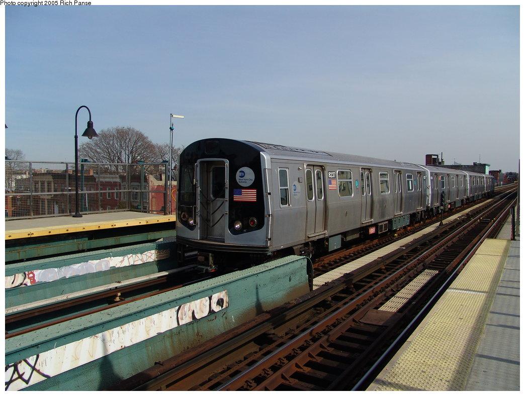 (185k, 1044x788)<br><b>Country:</b> United States<br><b>City:</b> New York<br><b>System:</b> New York City Transit<br><b>Line:</b> BMT Nassau Street/Jamaica Line<br><b>Location:</b> Gates Avenue <br><b>Route:</b> Test<br><b>Car:</b> R-143 (Kawasaki, 2001-2002) 8237 <br><b>Photo by:</b> Richard Panse<br><b>Date:</b> 3/16/2005<br><b>Viewed (this week/total):</b> 1 / 4820