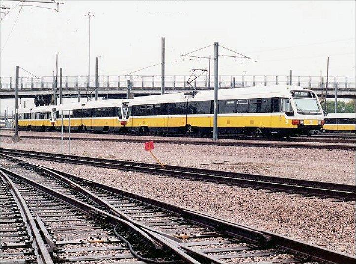 (139k, 722x536)<br><b>Country:</b> United States<br><b>City:</b> Dallas, TX<br><b>System:</b> DART<br><b>Line:</b> DART (Dallas) Red Line/Downtown Trunk<br><b>Location:</b> Yard/Shops <br><b>Photo by:</b> Jim Cumbie<br><b>Date:</b> 11/1/2002<br><b>Notes:</b> General view of DART yard.<br><b>Viewed (this week/total):</b> 0 / 1508