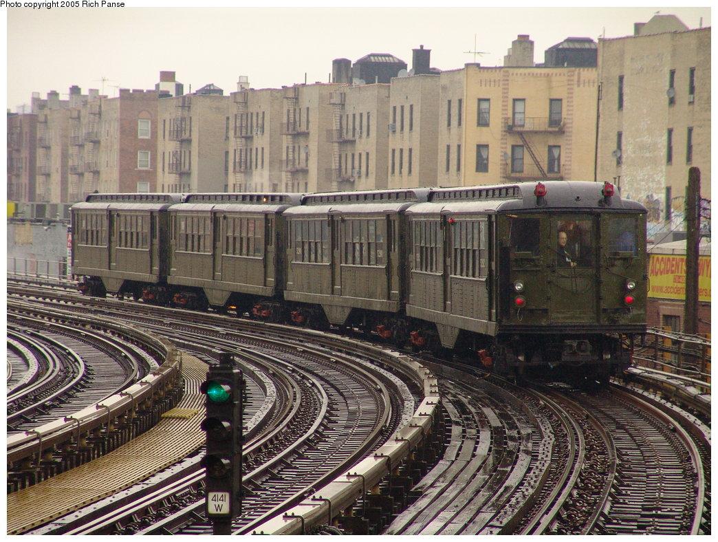 (260k, 1044x788)<br><b>Country:</b> United States<br><b>City:</b> New York<br><b>System:</b> New York City Transit<br><b>Line:</b> IRT White Plains Road Line<br><b>Location:</b> Bronx Park East <br><b>Route:</b> Fan Trip<br><b>Car:</b> Low-V (Museum Train) 5292 <br><b>Photo by:</b> Richard Panse<br><b>Date:</b> 3/20/2005<br><b>Viewed (this week/total):</b> 0 / 4013