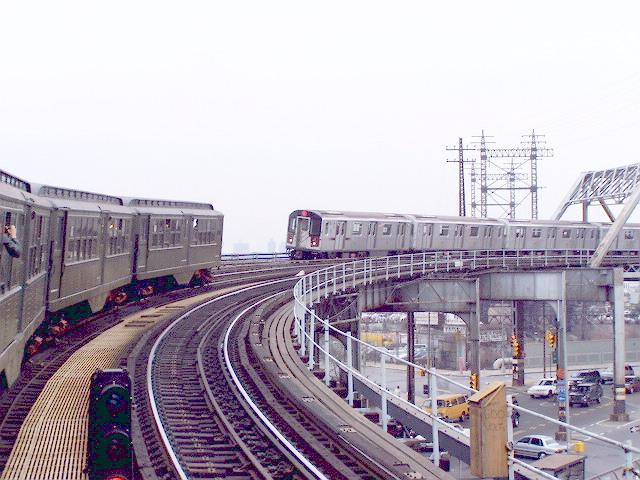 (139k, 640x480)<br><b>Country:</b> United States<br><b>City:</b> New York<br><b>System:</b> New York City Transit<br><b>Line:</b> IRT Pelham Line<br><b>Location:</b> Whitlock Avenue <br><b>Route:</b> Fan Trip<br><b>Car:</b> Low-V (Museum Train)  <br><b>Photo by:</b> Irwin Markowitz<br><b>Date:</b> 3/20/2005<br><b>Viewed (this week/total):</b> 0 / 4009