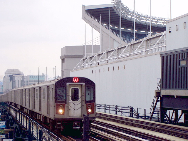 (124k, 640x480)<br><b>Country:</b> United States<br><b>City:</b> New York<br><b>System:</b> New York City Transit<br><b>Line:</b> IRT Woodlawn Line<br><b>Location:</b> 161st Street/River Avenue (Yankee Stadium) <br><b>Route:</b> 4<br><b>Car:</b> R-142 or R-142A (Number Unknown)  <br><b>Photo by:</b> Irwin Markowitz<br><b>Date:</b> 3/20/2005<br><b>Viewed (this week/total):</b> 0 / 5044