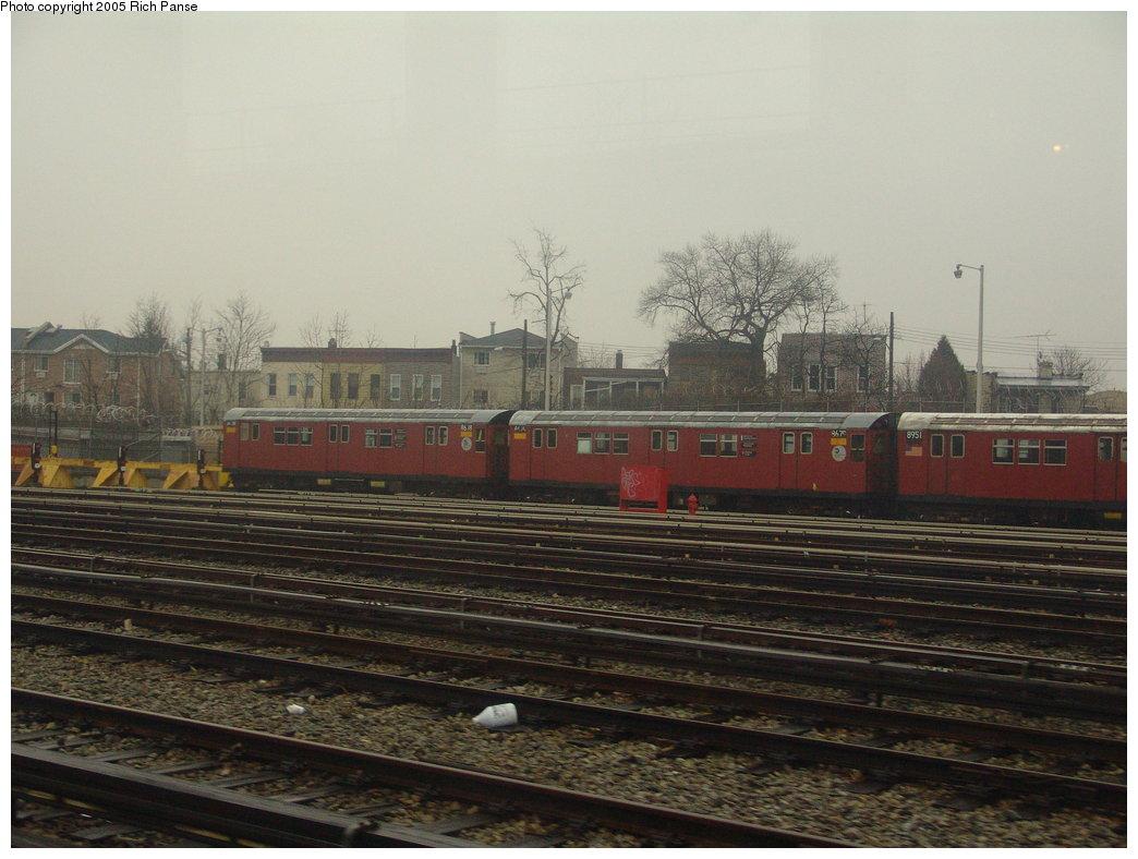 (169k, 1044x788)<br><b>Country:</b> United States<br><b>City:</b> New York<br><b>System:</b> New York City Transit<br><b>Location:</b> Unionport Yard<br><b>Car:</b> R-29 (St. Louis, 1962) 8678-8679 <br><b>Photo by:</b> Richard Panse<br><b>Date:</b> 3/20/2005<br><b>Viewed (this week/total):</b> 1 / 3341