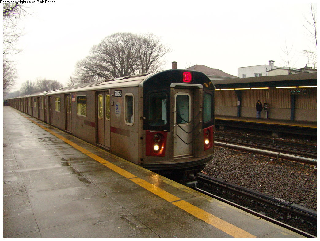 (199k, 1044x788)<br><b>Country:</b> United States<br><b>City:</b> New York<br><b>System:</b> New York City Transit<br><b>Line:</b> IRT Dyre Ave. Line<br><b>Location:</b> Gun Hill Road <br><b>Route:</b> 5<br><b>Car:</b> R-142 (Option Order, Bombardier, 2002-2003)  7065 <br><b>Photo by:</b> Richard Panse<br><b>Date:</b> 3/20/2005<br><b>Viewed (this week/total):</b> 2 / 5110