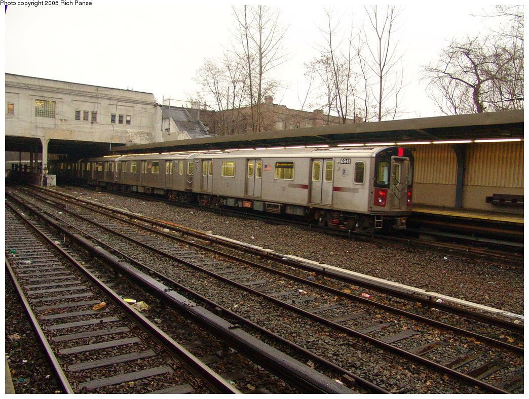 (286k, 1044x788)<br><b>Country:</b> United States<br><b>City:</b> New York<br><b>System:</b> New York City Transit<br><b>Line:</b> IRT Dyre Ave. Line<br><b>Location:</b> Gun Hill Road <br><b>Route:</b> 5<br><b>Car:</b> R-142 (Primary Order, Bombardier, 1999-2002)  6941 <br><b>Photo by:</b> Richard Panse<br><b>Date:</b> 3/20/2005<br><b>Viewed (this week/total):</b> 2 / 4443
