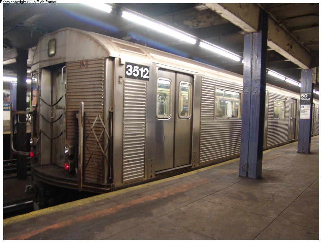 (182k, 1044x788)<br><b>Country:</b> United States<br><b>City:</b> New York<br><b>System:</b> New York City Transit<br><b>Line:</b> IND Queens Boulevard Line<br><b>Location:</b> 50th Street <br><b>Route:</b> E<br><b>Car:</b> R-32 (Budd, 1964)  3512 <br><b>Photo by:</b> Richard Panse<br><b>Date:</b> 3/22/2005<br><b>Viewed (this week/total):</b> 3 / 5016