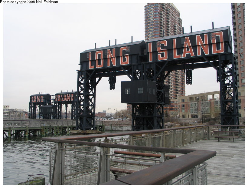 (130k, 820x620)<br><b>Country:</b> United States<br><b>City:</b> New York<br><b>System:</b> Long Island Rail Road<br><b>Line:</b> LIRR Long Island City<br><b>Location:</b> Long Island City <br><b>Photo by:</b> Neil Feldman<br><b>Date:</b> 3/25/2005<br><b>Viewed (this week/total):</b> 1 / 4063