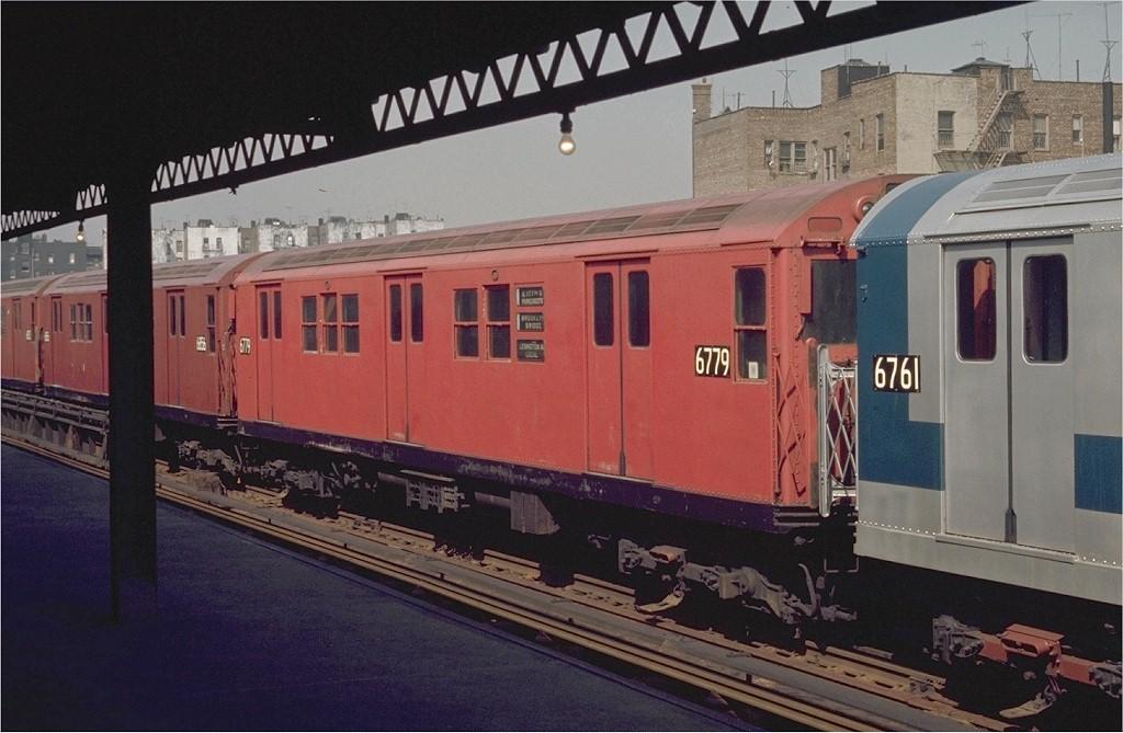 (181k, 1024x669)<br><b>Country:</b> United States<br><b>City:</b> New York<br><b>System:</b> New York City Transit<br><b>Line:</b> IRT Pelham Line<br><b>Location:</b> Morrison/Soundview Aves. <br><b>Route:</b> 6<br><b>Car:</b> R-17 (St. Louis, 1955-56) 6779 <br><b>Photo by:</b> Joe Testagrose<br><b>Date:</b> 4/26/1970<br><b>Viewed (this week/total):</b> 1 / 2579