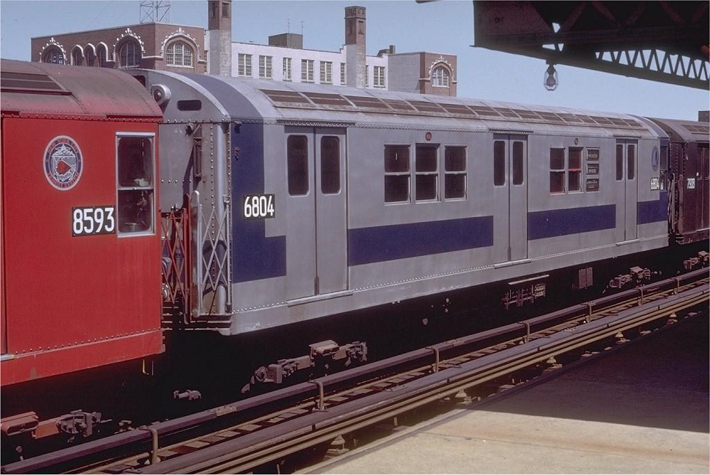 (195k, 1024x685)<br><b>Country:</b> United States<br><b>City:</b> New York<br><b>System:</b> New York City Transit<br><b>Line:</b> IRT Pelham Line<br><b>Location:</b> St. Lawrence Avenue <br><b>Route:</b> 6<br><b>Car:</b> R-17 (St. Louis, 1955-56) 6804 <br><b>Photo by:</b> Doug Grotjahn<br><b>Collection of:</b> Joe Testagrose<br><b>Date:</b> 8/14/1971<br><b>Viewed (this week/total):</b> 6 / 2647