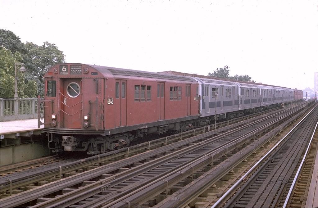 (180k, 1024x670)<br><b>Country:</b> United States<br><b>City:</b> New York<br><b>System:</b> New York City Transit<br><b>Line:</b> IRT Pelham Line<br><b>Location:</b> Westchester Square <br><b>Route:</b> 6<br><b>Car:</b> R-17 (St. Louis, 1955-56) 6848 <br><b>Photo by:</b> Joe Testagrose<br><b>Date:</b> 8/1/1970<br><b>Viewed (this week/total):</b> 0 / 2433