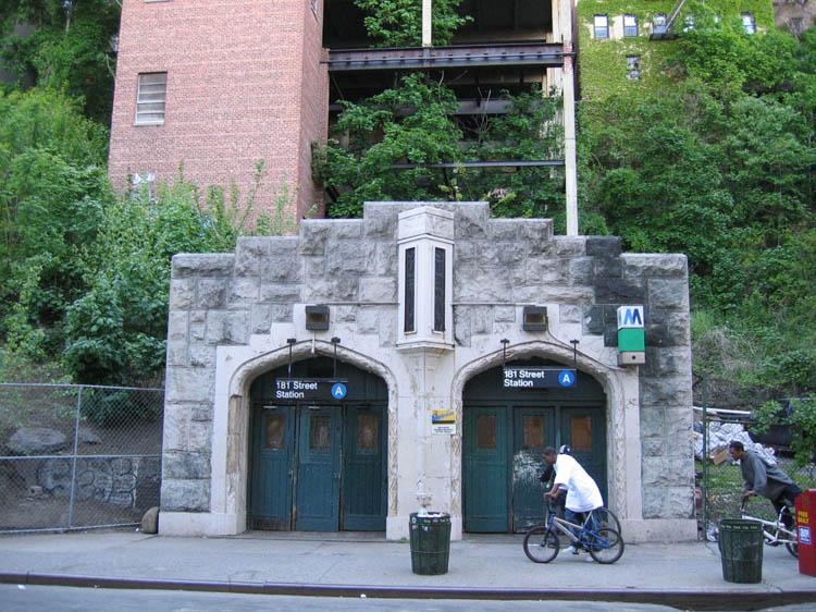(128k, 750x562)<br><b>Country:</b> United States<br><b>City:</b> New York<br><b>System:</b> New York City Transit<br><b>Line:</b> IND 8th Avenue Line<br><b>Location:</b> 181st Street <br><b>Photo by:</b> Robbie Rosenfeld<br><b>Date:</b> 5/13/2005<br><b>Viewed (this week/total):</b> 2 / 4539